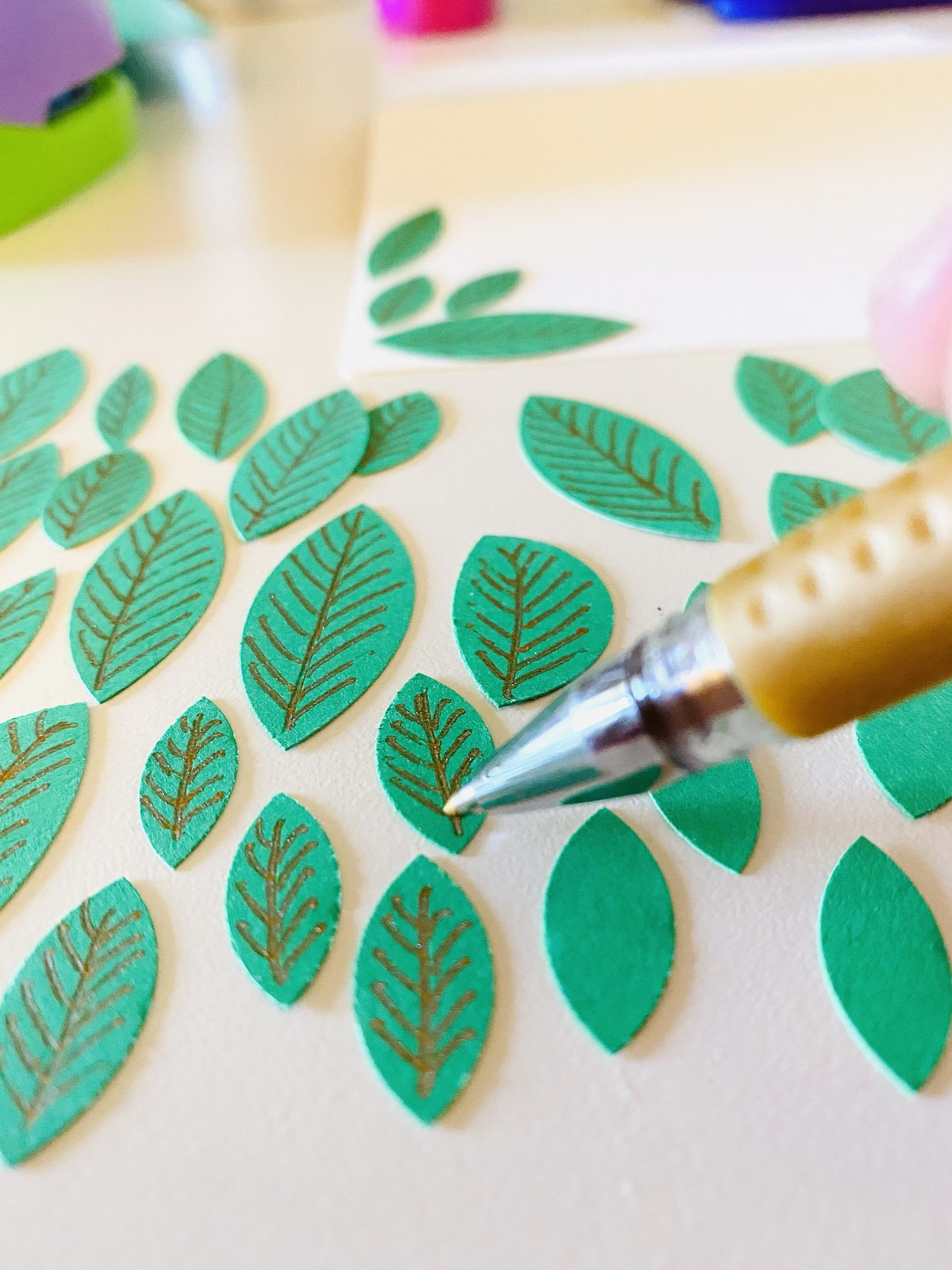 Drawing veins on leaves card making green cardstock and gold gel pen